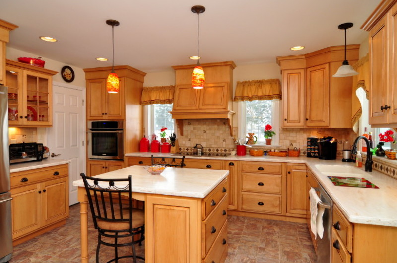 Are You Tired Of The Look Of Your Old Kitchen Or Bathroom? Improving And  Remodeling Your Kitchen Or Bath Can Add Beauty And Appeal To Your Home.